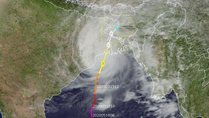 L'Índia i Bangla Desh, en alerta per l'embat del cicló Amphan