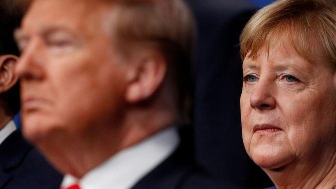 """Merkel veu """"problemàtica"""" la suspensió del compte de Trump a Twitter"""