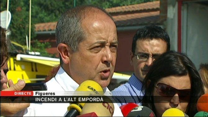 El conseller Felip Puig, des del centre de comandament avançat de Figueres