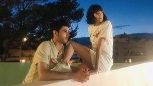 """La Lorena de """"Les de l'hoquei"""" i el Bruno de """"Merlí"""", protagonistes de l'últim videoclip de Dorian"""