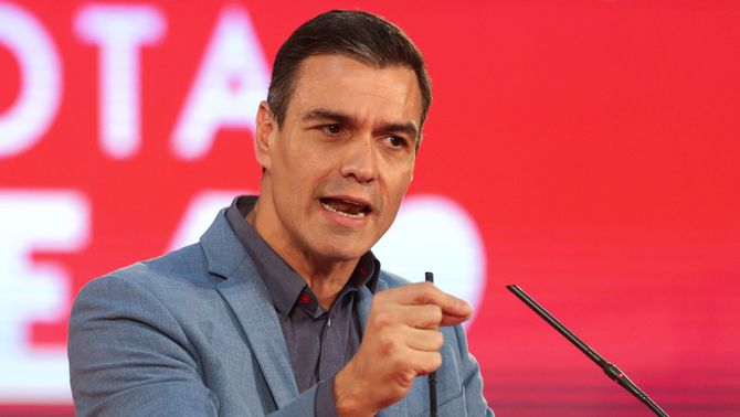 Pedro Sánchez, en un míting de la campanya electoral del 10N (Reuters / Sergio Pérez)