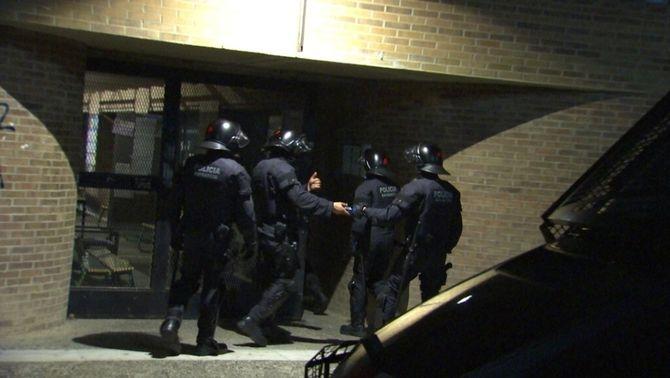 Els Mossos entren a la Universitat de Lleida per desallotjar el rectorat i no hi troben ningú