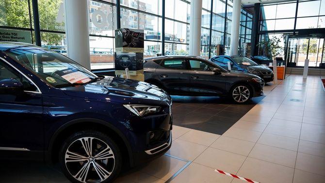 Ajudes a particulars i autònoms per canviar de cotxe: de 800 a 5.000 euros