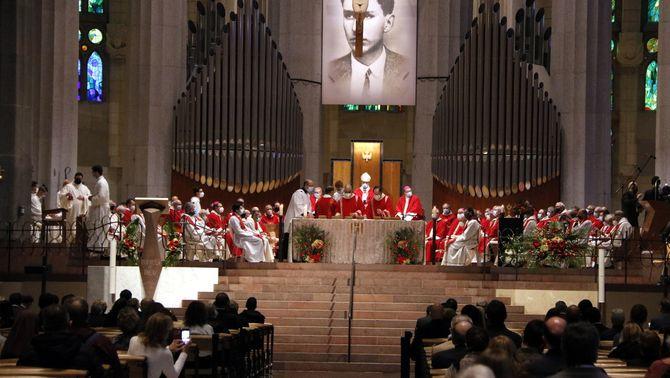 Imatge de la beatificació de Joan Roig, aquest dissabte a la Sagrada Família (ACN / Jordi Bataller)