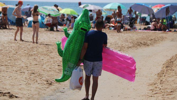 La platja de Salou, a la Costa Daurada, on confien en el turisme espanyol