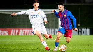 EN DIRECTE | Reial Madrid Castella - Barça B, el miniclàssic de Primera RFEF