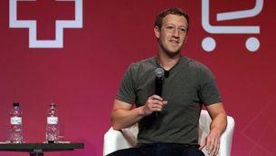 El creador de Facebook, Mark Zuckerberg, durant la conferència que ha fet al Mobile World Congress (EFE)