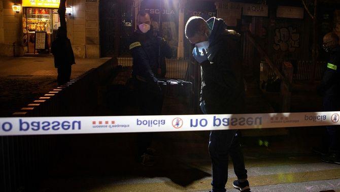 Controvèrsia pel tret de la Guàrdia Urbana a un sensesostre a Barcelona