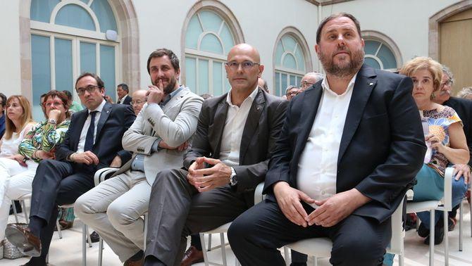 Junqueras i Romeva assumiran la compra d'urnes pel referèndum de l'1-0