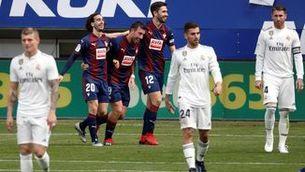 El Reial Madrid es desinfla a Ipurua (3-0)