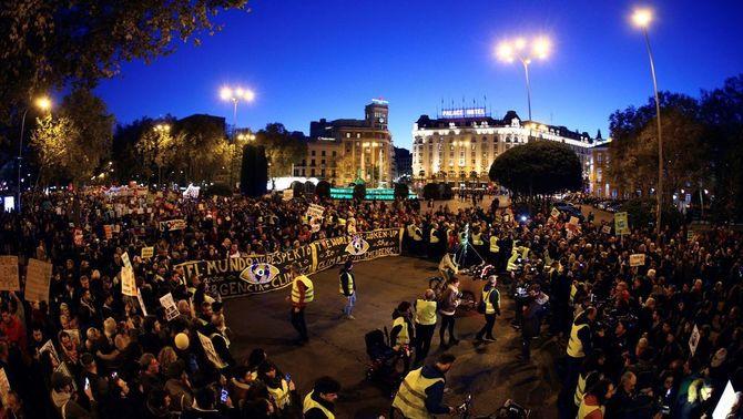 Milers de persones es manifesten a Madrid contra el canvi climàtic, en plena cimera