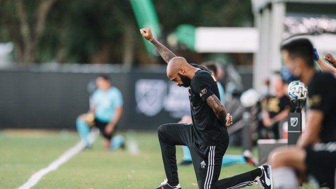 El gest de Thierry Henry contra el racisme