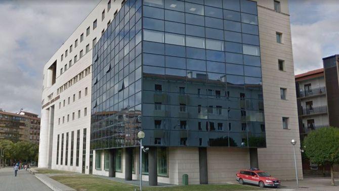 Absolt un acusat d'abús sexual a la filla de 12 anys de la seva parella a Pamplona