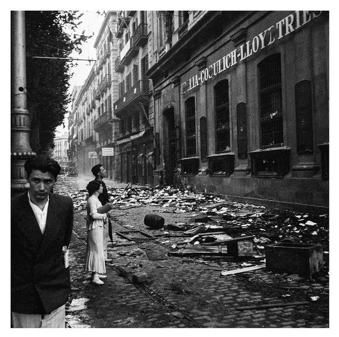 'Saqueig de les oficines de la Italia-Cosulich-Lloyd Triestino'