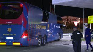 Cares llargues dels jugadors en el viatge de retorn a Barcelona