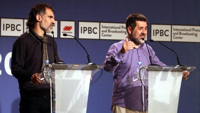 Cuixart i Sànchez, al Centre Internacional de Premsa el 30 de setembre de 2017