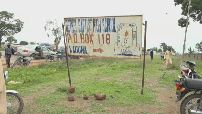 Un grup armat s'endú 140 nenes d'un internat en un nou segrest d'estudiants a Nigèria