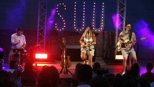 Suu porta el seu pop en acústic, presenta dues cançons i obre el seu jo més íntim al Portalblau de l'Escala