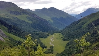 Imatge de:Val d'Aran - the Pyrenean valley with a distinct history, culture and language