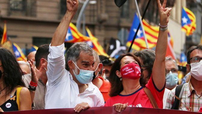 Jordi Cuixart i Elisenda Paluzie a la manifestació