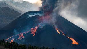 EN DIRECTE | Volcà de La Palma: un nou col·lapse parcial del con obre una gran font de lava