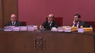 El judici del 9N viu moments tensos entre Francesc Homs, el fiscal i el jutge durant l'interrogatori