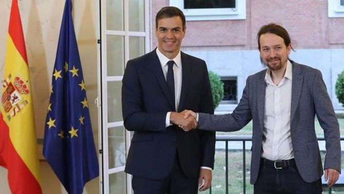 Fa gairebé un mes que Sánchez i Iglesias van firmar un preacord sobre els pressupostos (EFE)