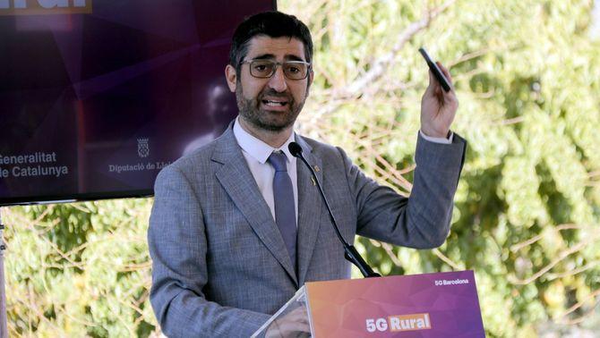 Jordi Puigneró, a la presentació del primer camp agrícola 5G a Albatàrrec
