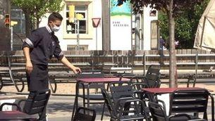 Lleida i el Baix Segrià endureixen les mesures anticontagi, tanquen bars i limiten l'accés als comerços
