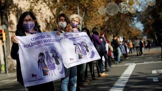La Cadena Feminista denuncia que la pandèmia ha accentuat la violència masclista