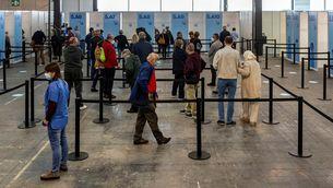 La vacunació agafa velocitat amb una vintena de vacunòdroms arreu de Catalunya
