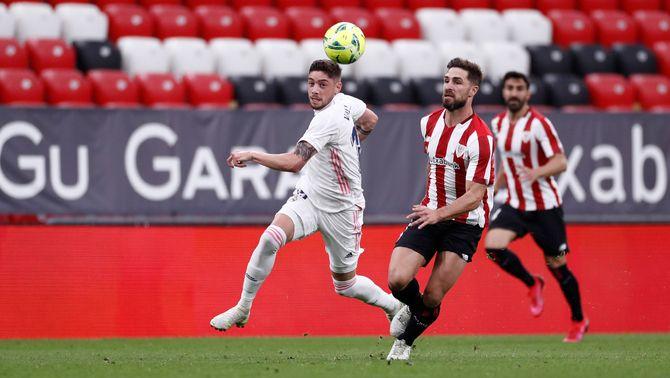 El Madrid guanya a San Mamés (0-1) però no pot assaltar el liderat