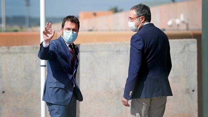 Aragonès, a Lledoners, amb el director general de presons de la Generalitat, Amand Calderó