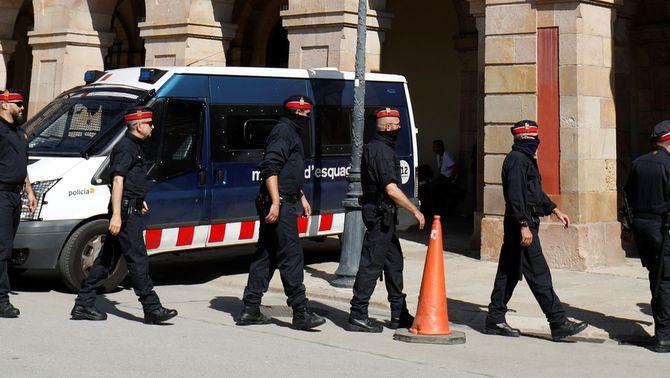 El 155 permetria substituir els Mossos per la Policia Nacional i la Guàrdia Civil