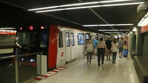 4.000 persones ja poden pagar el transport públic de l'àrea metropolitana amb el mòbil