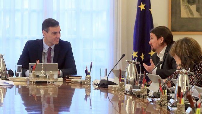 El govern espanyol apuja un 2% el sou dels funcionaris i treballadors públics
