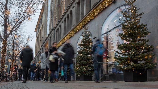 Alemanya tanca botigues i suspèn tota l'activitat no essencial fins al 10 de gener
