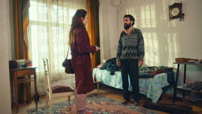 Sakir lliure una cinta amb una cançó a la Reyhan