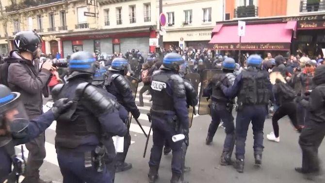 Les mobilitzacions a França contra la reforma laboral acaben amb una trentena de detinguts