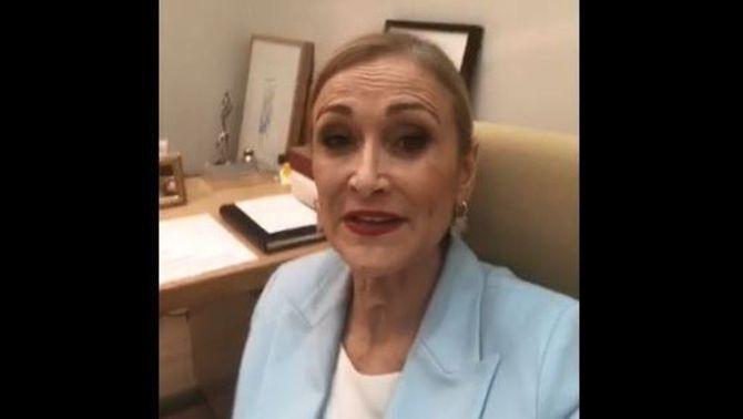 La presidenta de la Comunitat de Madrid, Cristina Cifuentes, en el vídeo on dona explicacions després de la polèmica