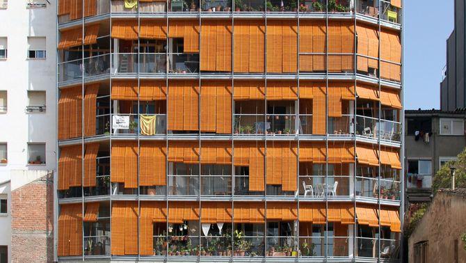 La Borda: viure en comunitat en un edifici de fusta sostenible enmig de Barcelona