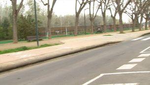 Una noia de 19 anys evita que un autobús urbà xoqui després que el conductor va tenir un desmai