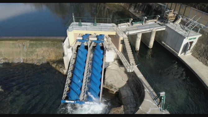 Tecnologia mil·lenària per salvar els peixos, l'aposta ecològica d'una hidroelèctrica