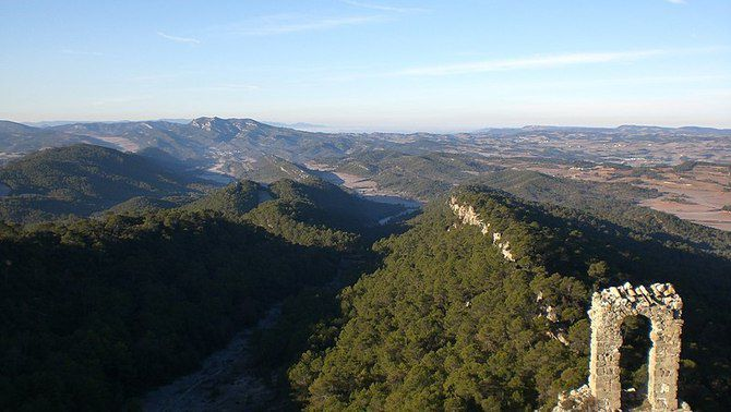 Les vistes des del castell de Queralt abans de l'incendi (Wikimedia/EliziR)
