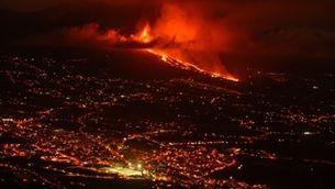 Més de 5.000 evacuats a l'illa de La Palma per l'erupció del volcà Cumbre Vieja