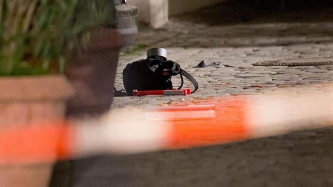 Un home fa esclatar una bomba a les portes d'un concert i fereix 12 persones a Ansbach, a Baviera