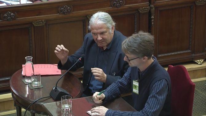 Un diputat alemany nega que el Diplocat convidés observadors internacionals l'1-O