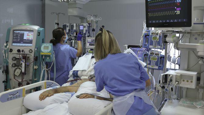 """Els sanitaris demanen prudència perquè la situació no és """"ni molt menys normal"""""""