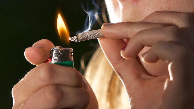 Una setmana sense cànnabis ja permet recuperar memòria