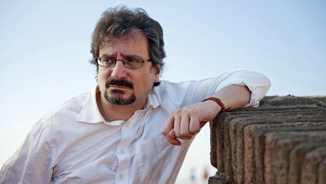 """Albert Sánchez Piñol publica """"Fungus"""", una novel·la que reflexiona sobre el poder des de la fantasia"""